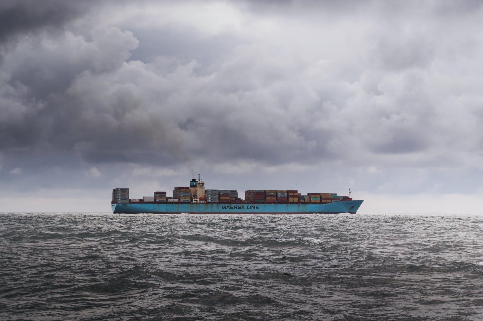 港口拥堵将持续到明年 集装箱短缺严重